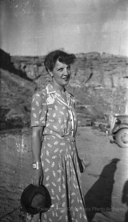 Florence Hawley Chaco Canyon; Photographer: Armand G. Winfield Date: 1940 [ http://pogphotoarchives.tumblr.com/post/110253283542/archaeologist-florence-hawley-ellis-chaco-canyon ]