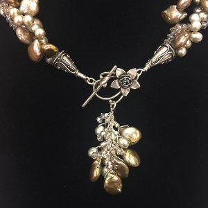 Sue Broadway - Pearl with Pendant Necklace