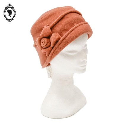 Chapeau, chapeau chic, chapeau cloche, chapeau femme, chapeau élégant, chapeau orange, chapeau orange brique, chapeau femme hiver, chapeau hiver, chapeau polaire, chapeau taille M, chapeau 56, chapeau angiono Frasconi, accessoire orange, idée cadeau, chapeau hiver, chapeau cloche hiver, cloche orange, chapeau hiver polaire, idée cadeau maman, idée cadeau femme, idée cadeau grand-mère,