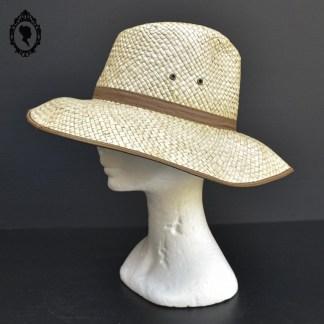 Chapeau, chapeau vintage, chapeau paille, chapeau paille tressée, chapeau safari, chapeau savane, chapeau chic, chapeau femme, chapeau homme, chapeau naturelle panama, chapeau panama, chapeau beige, paille, chapeau de paille, chapeau mixte, chapeau fibres naturelles, chapeau taille M, chapeau M, chapeau 56, chapeau taille 56, chapeau 56, chapeau T56, chapeau neuf, chapeau paille neuf,