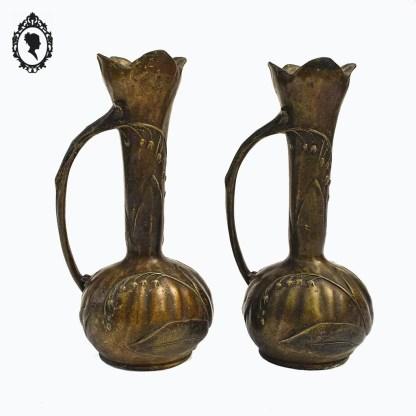 Vase, vases, paire de vases, vase art nouveau, vase bronze, vase muguet, vase Chalon, Louis Chalon, vase 1900, paire de vases art nouveau, décoration art nouveau, vases marron, vase décor floraux, vases fleuris, vase ancien, vase XXème,