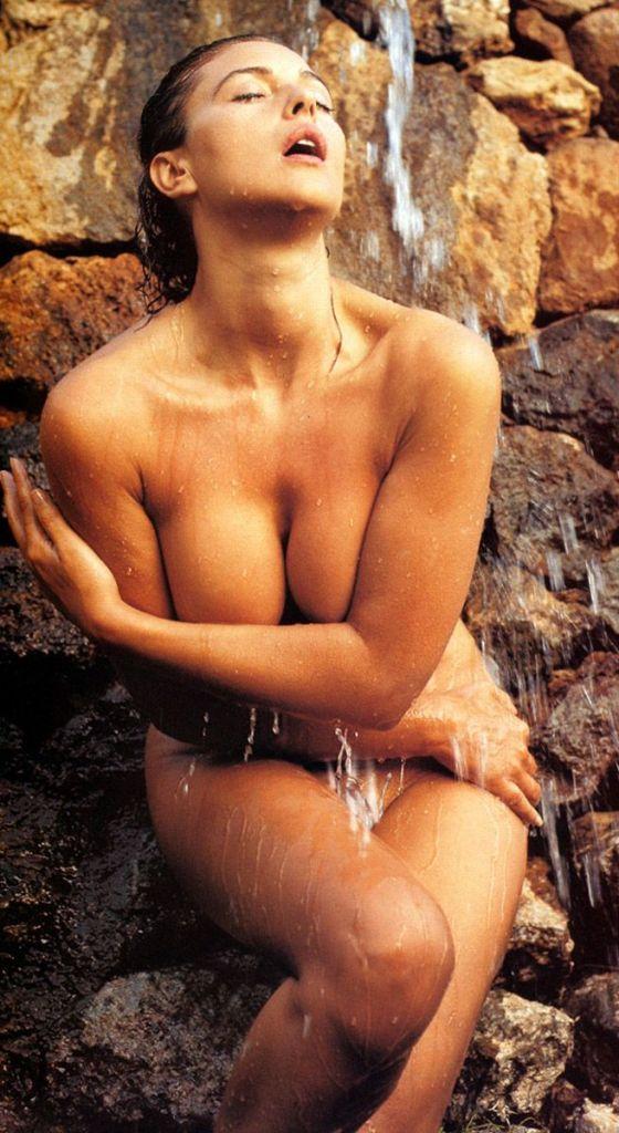 Malena Nude Scene : malena, scene, BROCCOLICITY.COM