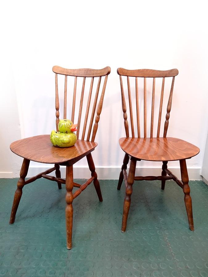 2 chaises design scandinave vintage
