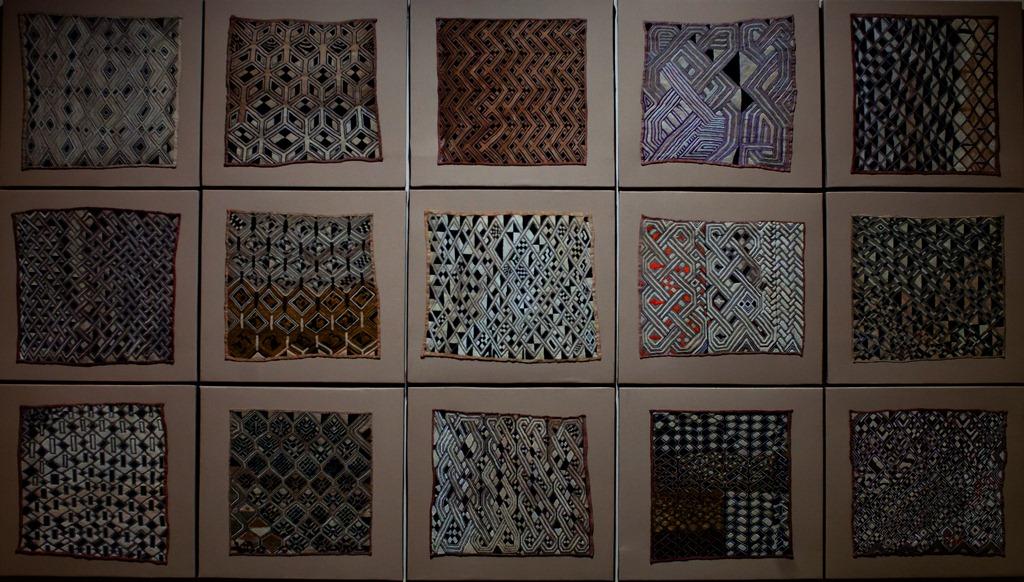 panneau-de-textiles-Kuba