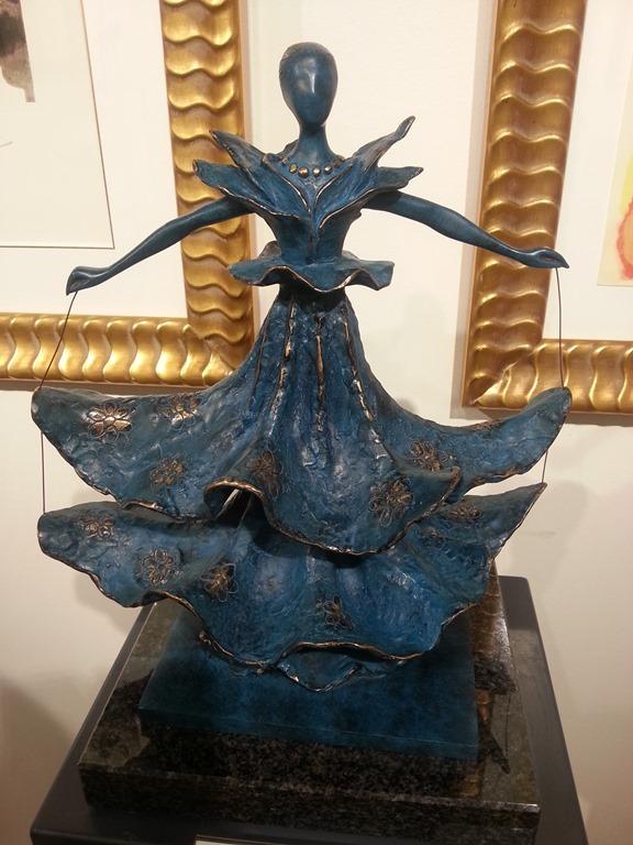 sculpture-Dali-la-danseuse-dalinienne