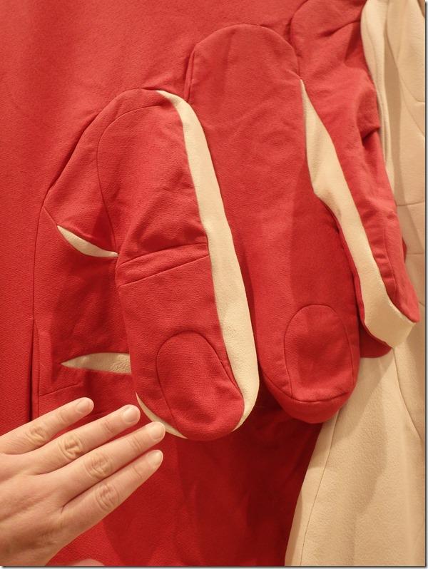 art textile main détail