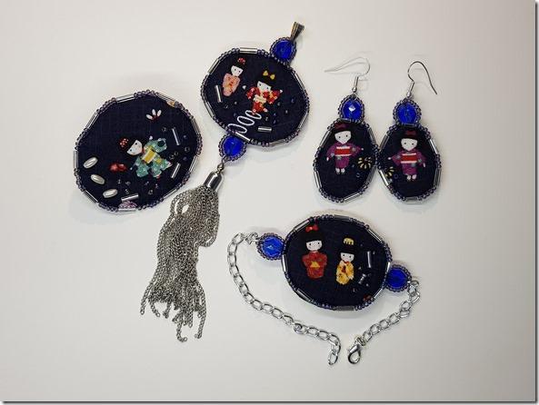 parure de bijoux textiles