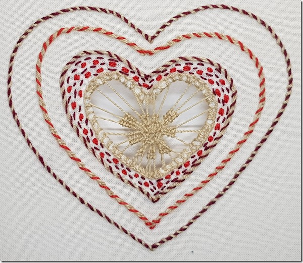 coeur broderie de cilaos