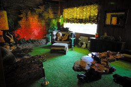 Elvis' Jungle Room, Graceland