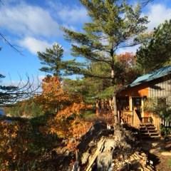 NML Cottage Overlooking Lake