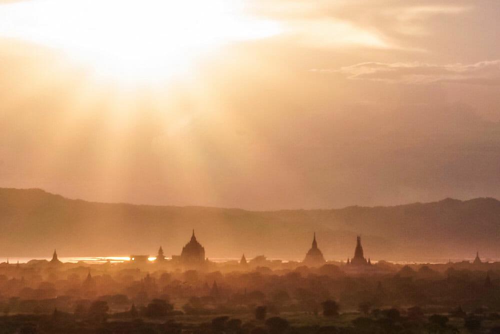 Bagan Sunset Temples Myanmar Burma