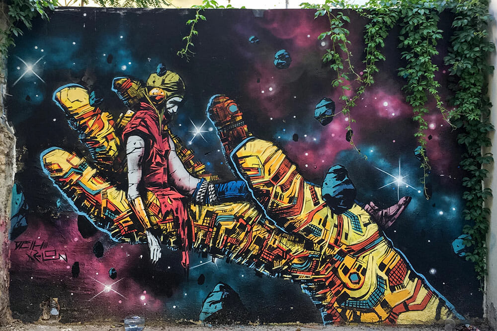Street Art Graffiti by Deih & Xelon - Things to do in Valencia