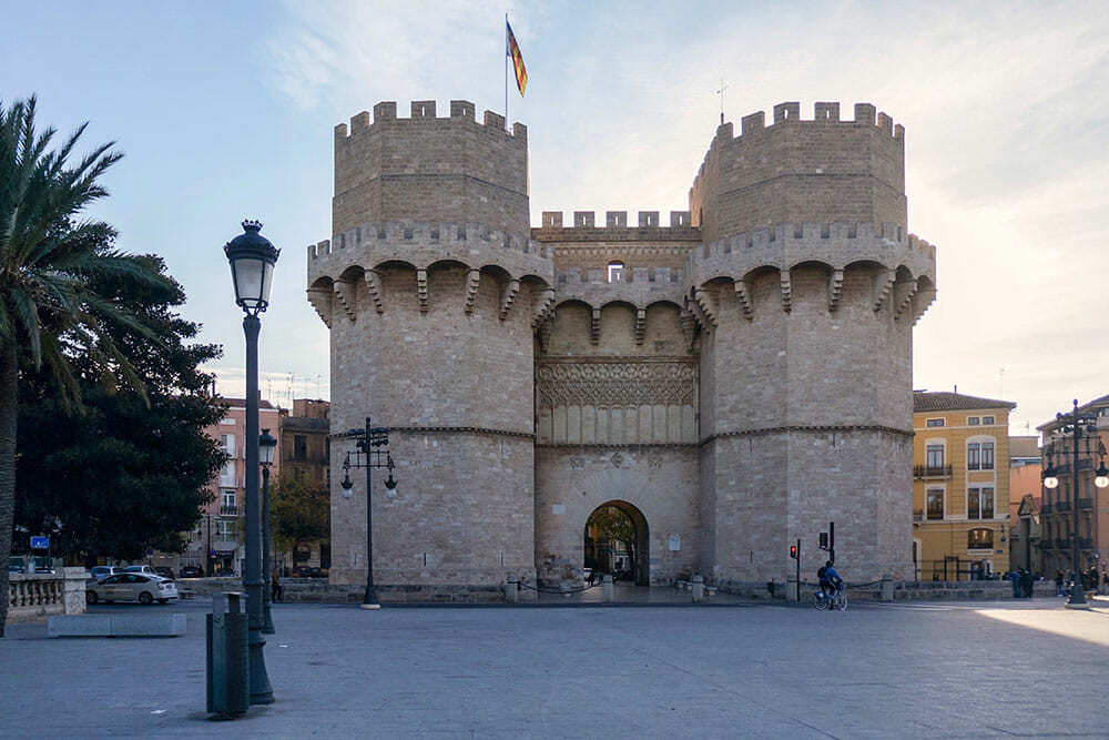 Medieval Serranos Towers with arch gate in Valencia - Colourful buildings with balconies in the neighbourhood of Russafa in Valencia - Things to do in Valencia, Spain