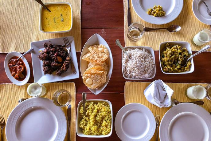 Selection of local dishes for dinner at Windermere River House, Neriamangalam - #kerala #india