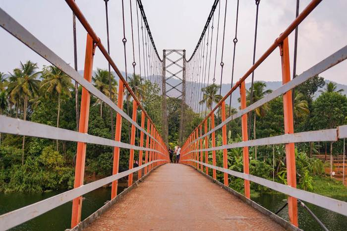 Inchathotty Suspension Bridge with no people - #kerala #india