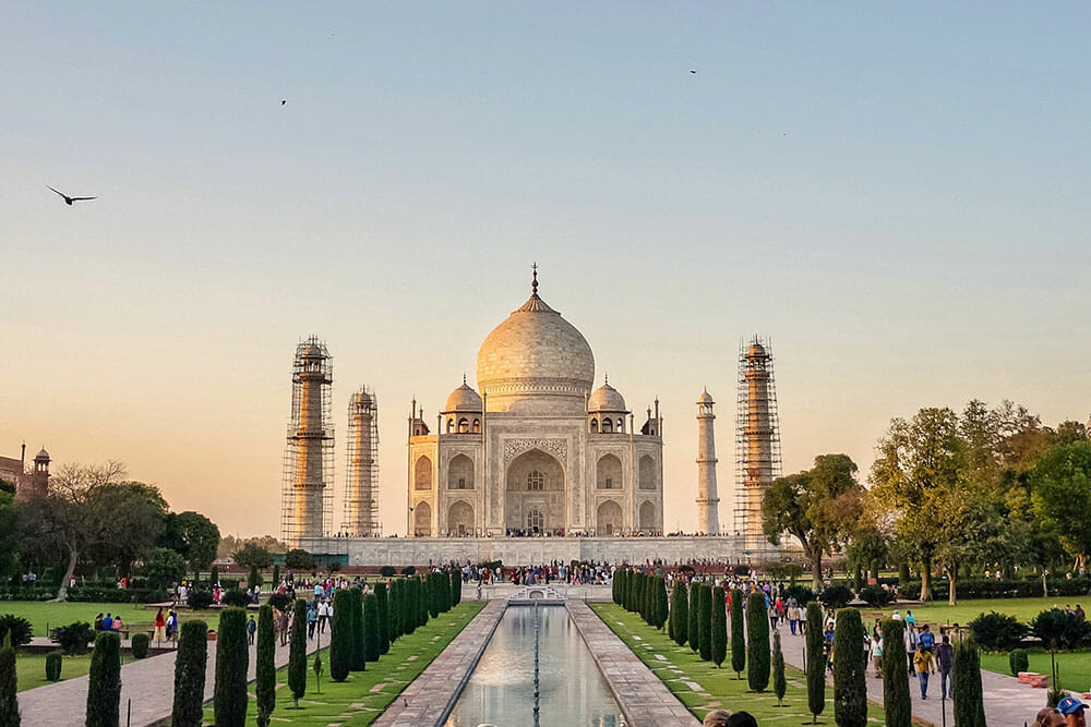 Image of the Taj Mahal showing its perfect symmetry