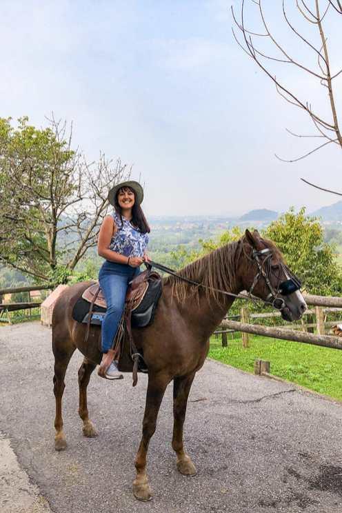 Horseriding-in-Vescovado,-Lombardy-2