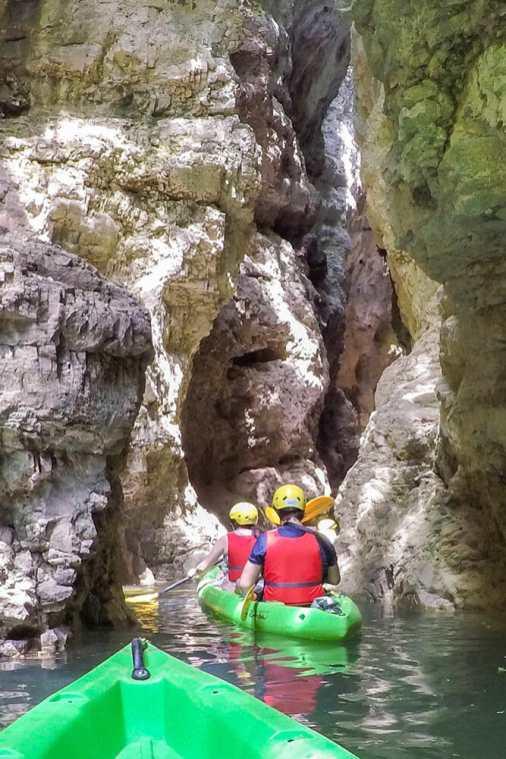 Novella-Canyons-Lago-di-Santa-Giustina,-Trentino-2
