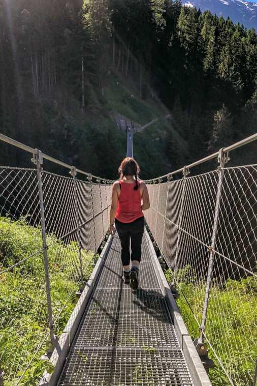 Ragaiolo-suspension-bridge,-Trentino