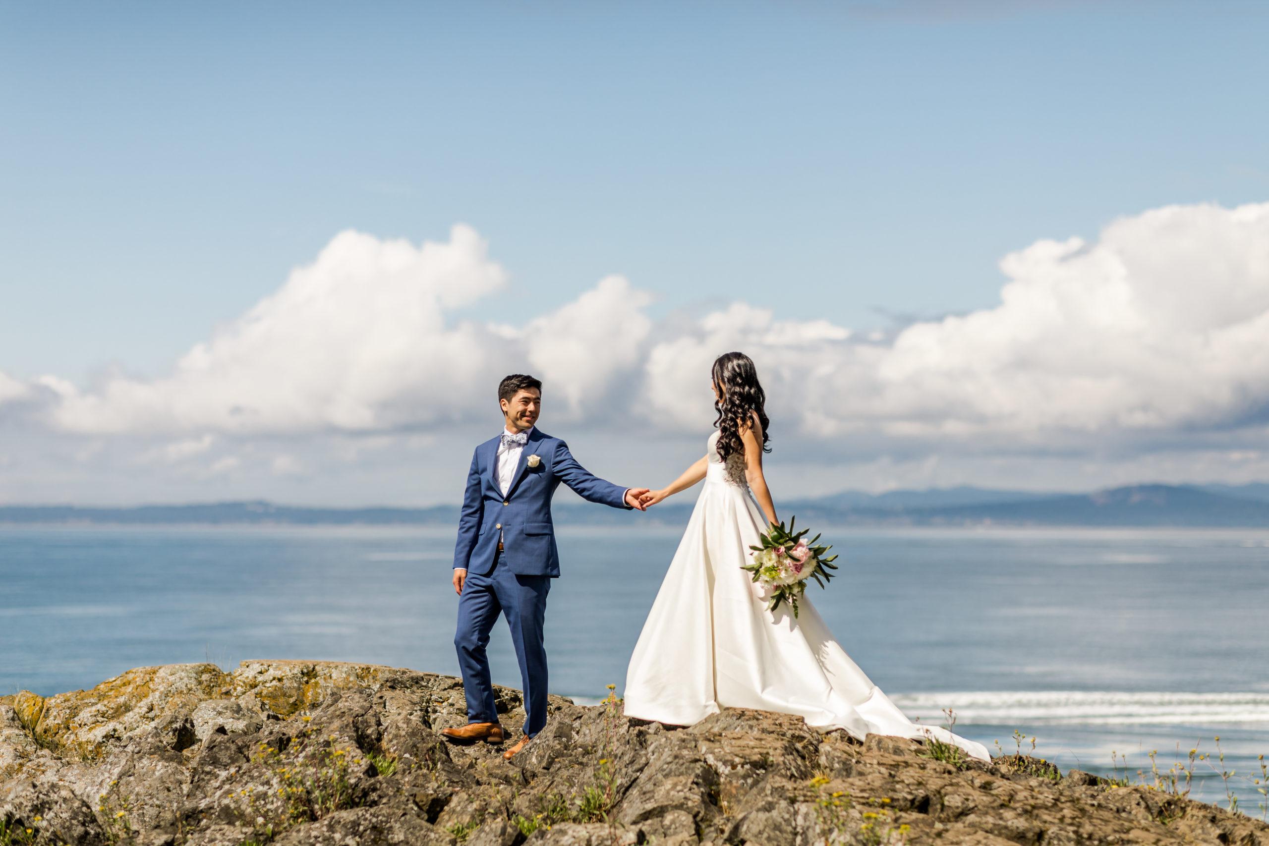 oregon elopement photographer, elopement experience breakdown with brogan marie photography, eloping in the pacific northwest, pnw elopement, brogan marie photography