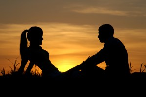 MAINTAINING EMOTIONAL-ATTACHMENT-FREE RELATIONSHIP