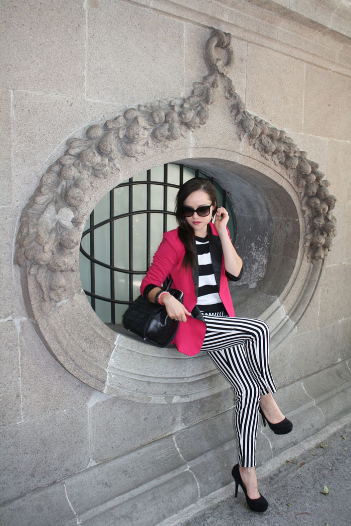 How to wear black & white striped pants