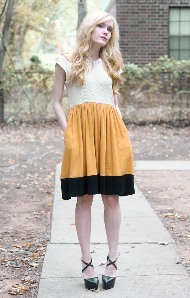Colorblock Dress w Black Shoes 1