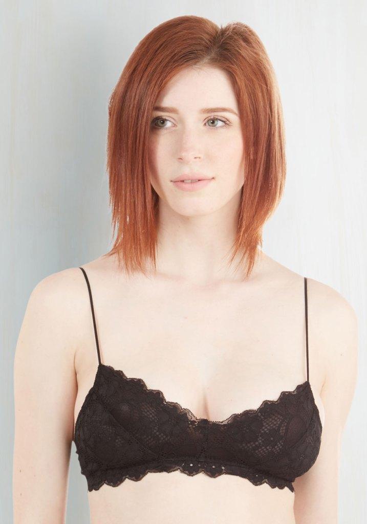 ModCloth Flirty Black Lace Bralette