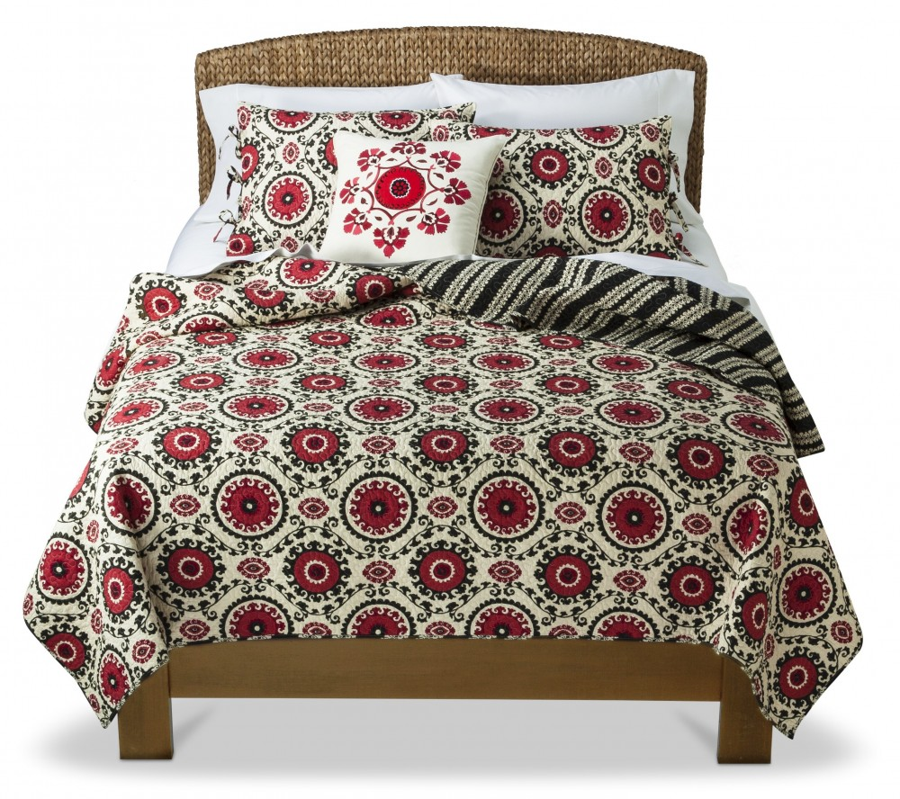 Marvelous Mudhut Kora Quilt Set was now