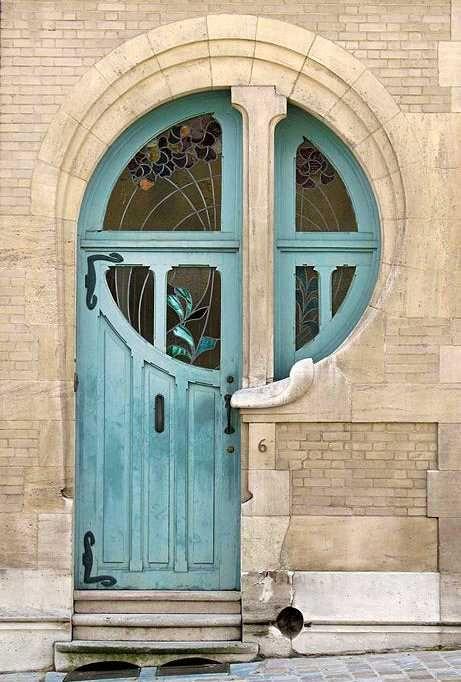 Intersected Circular Window Front Door