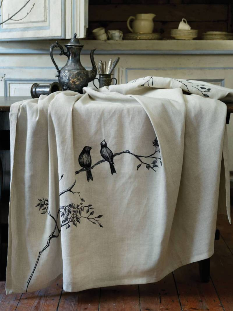 Bird Branch Tapestry Tablecloth