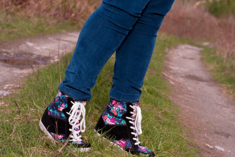 ShoeDazzle Floral Wedge Sneakers