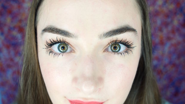 xoVain Maybelline Chaotic Lash Mascara Review