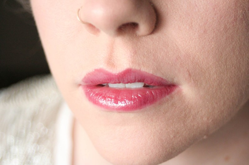 Buxom Full-On Lip Polish in Jasmine