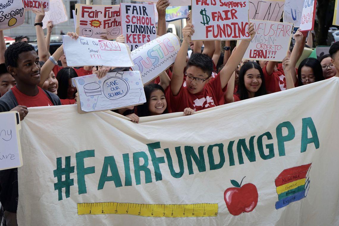 598926046399734006-p10-fair-funding-rally-harvey-finkle.full