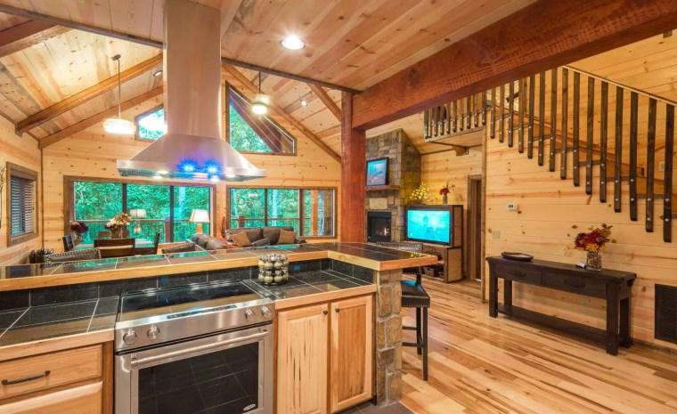 Broken Bow Lake Cabin Rental08