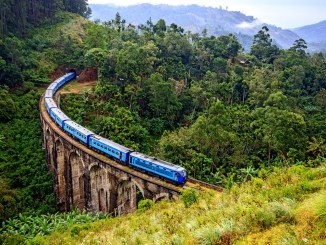Photo of a train in Sri Lanka