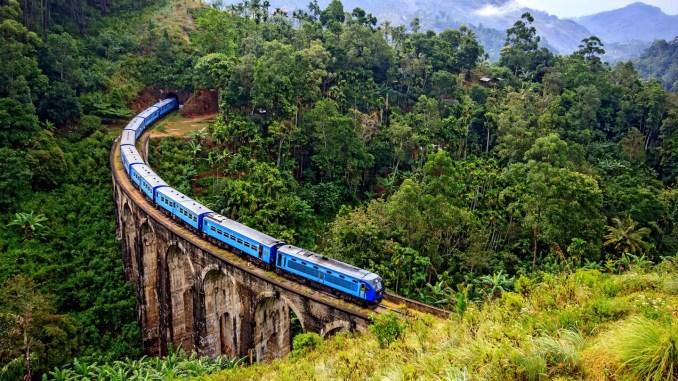 Photo of a train in Sri Lanka