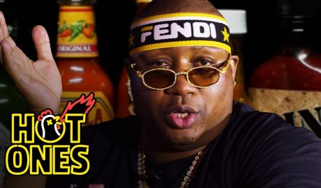 E-40 Asks a Fan to Save Him While Eating Spicy Wings