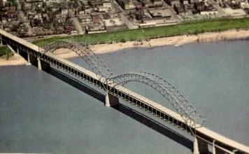 Sherman-Minton Bridge (BS File Postcard)