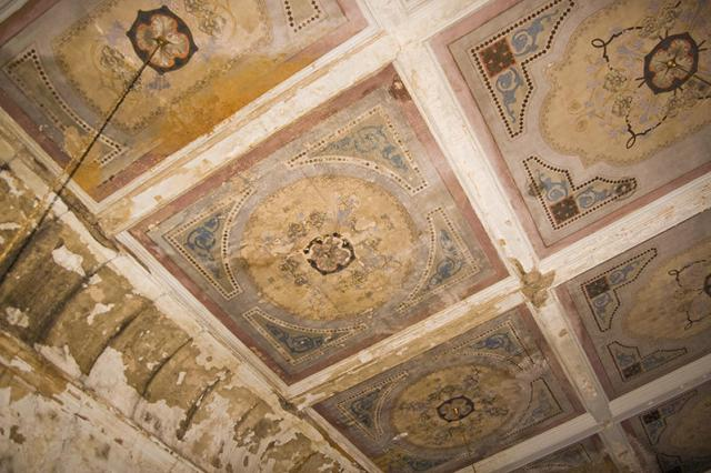 Detail of painted ceiling (Courtesy Eric Schumacher)