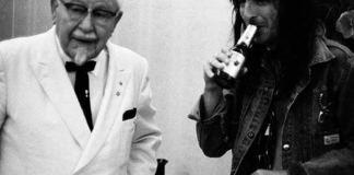 Colonel Sanders & Alice Cooper (Via Retronaut)