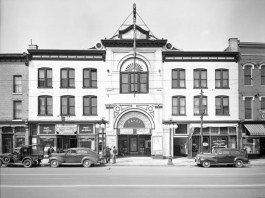 The Savoy Theater in 1941. (Courtesy UL Photo Archives)