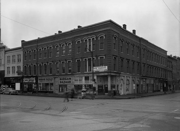 The Savoy Theater and neighboring building in 1940. Courtesy UL Photo Archives)