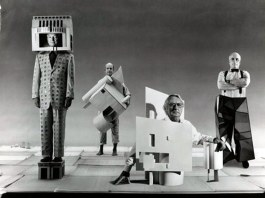 Architect Michael Graves (far left) wears his Humana Building. (Courtesy Fantastic Journal)