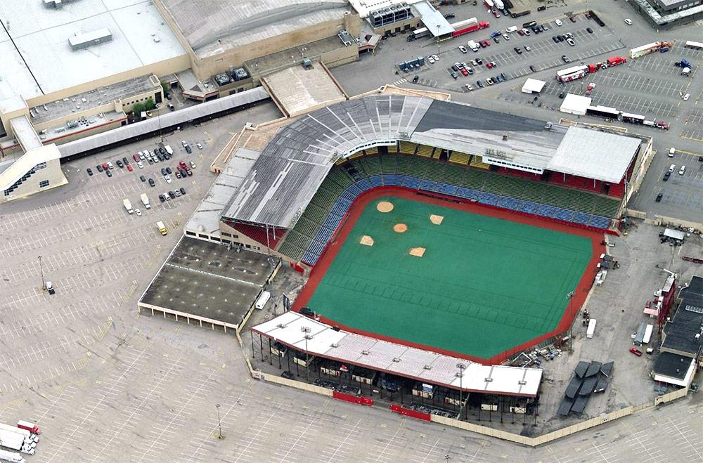 [Image: 04-old-cardinal-stadium-pupstops-indy.jp...;amp;ssl=1]