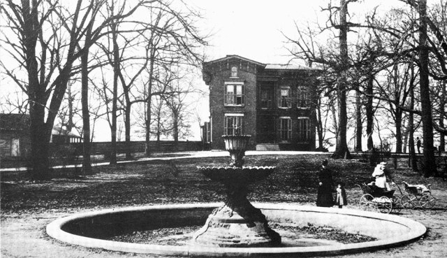 The fountain in front of the Robinson-DuPont mansion in Old Louisville. (Courtesy Old Louisville)