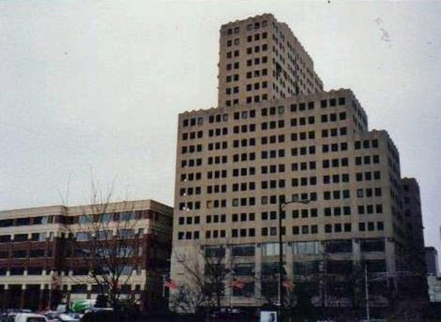 The Commonwealth Building. (Courtesy Historic Louisville / Weebly)