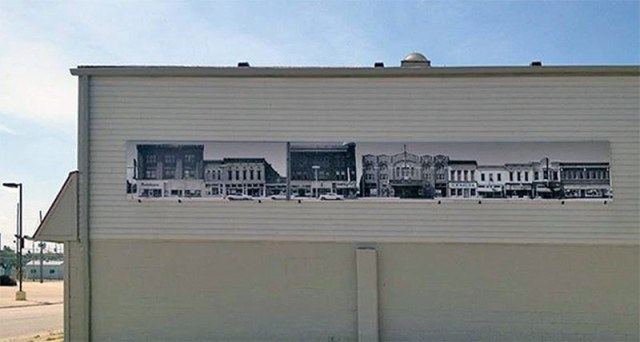 A photo mural installed on the side of the Clark County Museum. (Courtesy Jeffersonville Main Street)