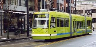 A streetcar in Portland, Oregon. (Adams Carroll / Flickr)